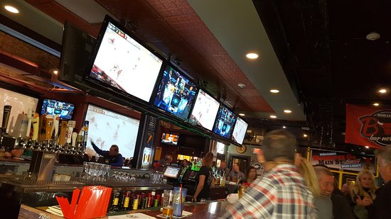 Downers Grove, IL: Another Round Bar & Grill