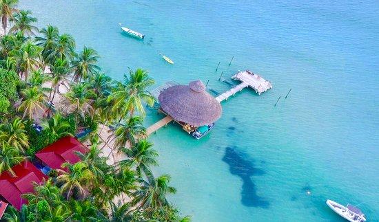 Isla Bastimentos, Panama: casa cayuco overhead