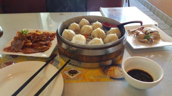 Shanghai Dumpling Shop : 20170519_145602_large.jpg