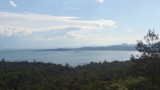 Coles Bay, Αυστραλία: コールズベイ側の眺め