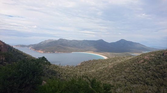 Coles Bay, Αυστραλία: ワイングラスベイの眺め