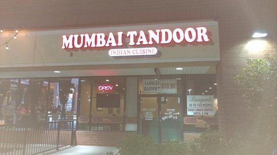 Vernon Hills, IL: Mumbai Tandoor