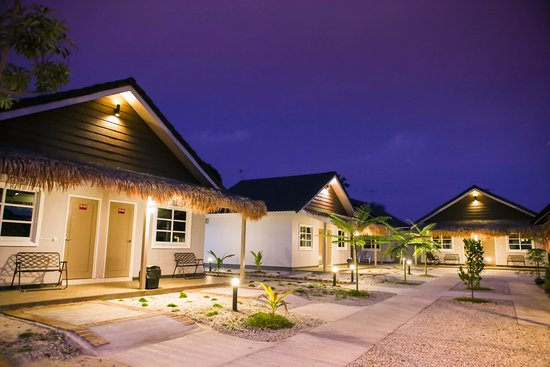 Laman Padi Langkawi: Night view at Lavigo resort.