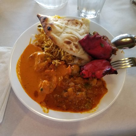 Creve Coeur, MO: From the buffet - butter chicken, mushroom masala, chicken biryani, naan, tandoori chicken