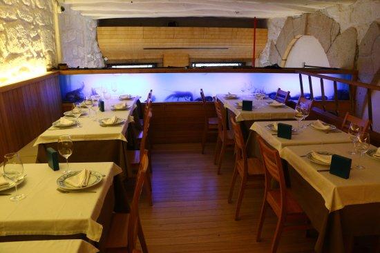 Photo of Portuguese Restaurant Restaurante do Terreirinho at 11-12, Largo Do Terreiro, Porto 4050-603, Portugal