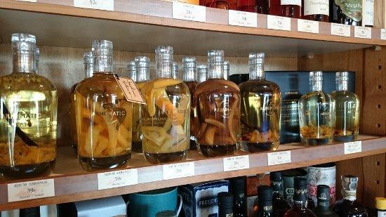 rhums arrangés rhums alcools le cellier des grands vins valognes