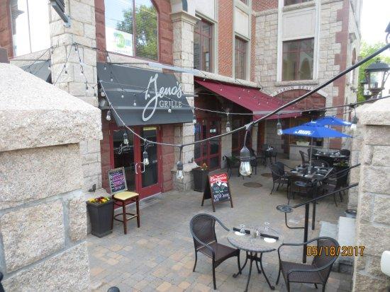 Southington, CT: patio