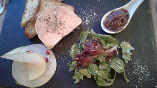 Mornas, Frankrig: belle tranche épaisse de foie gras ! un regal !