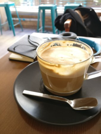 Levallois-Perret, Prancis: Fat Cat Coffee Stand