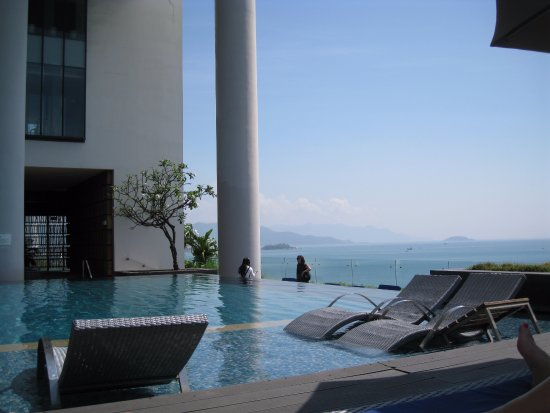 View from balcony picture of sheraton nha trang hotel for Balcony nha trang hotel