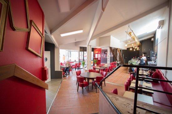 Cugnaux, France: Restaurant - Salon de thé Saveurs des des Grands Enfants