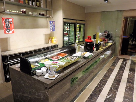 Yuyao, China: Diner buffet