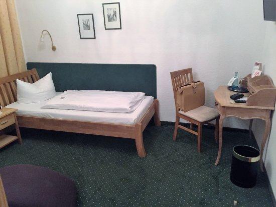 Neuruppin, Tyskland: Gute Matratze und gutes Bettzeug!