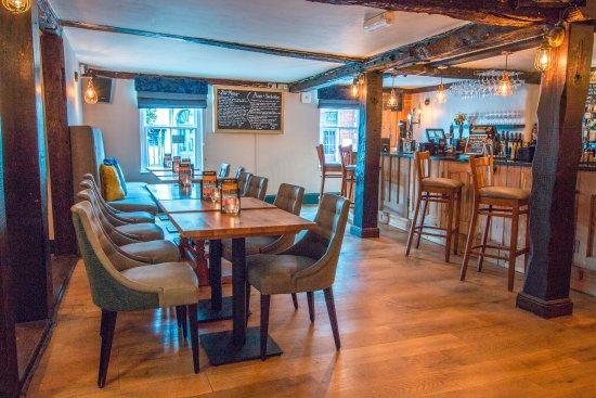 The Saracens Head Restaurant and Bar: Bar Menu available in Bar area