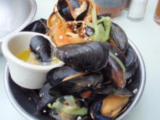 Rustico, Kanada: Look at the plump mussels