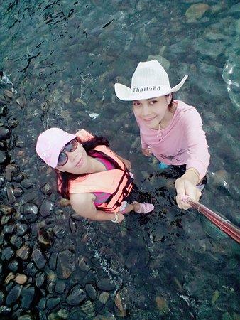 Satun Province, Thailand: ก้อนหินก้อนเล็กๆ ที่มากองอยู่ที่นี่