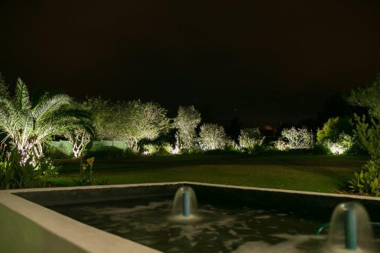 Bonnievale, South Africa: The Garden by night