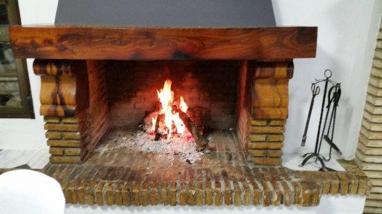 Luque, إسبانيا: Chimenea Invierno
