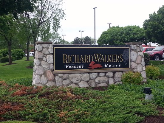Crystal Lake, IL: street sign for Richard Walker's Pancake House