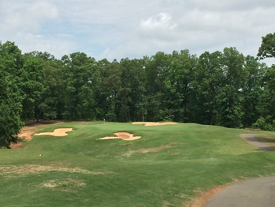 Rutherfordton, Carolina del Nord: No. 3 a Par-3