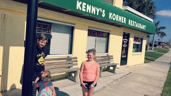 Kenny's Korner Inn: photo0.jpg