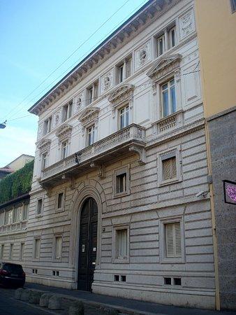 Casa Rigamonti: Vista della facciata