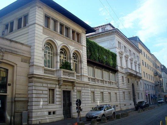 Casa Rigamonti: Vista complessiva della facciata