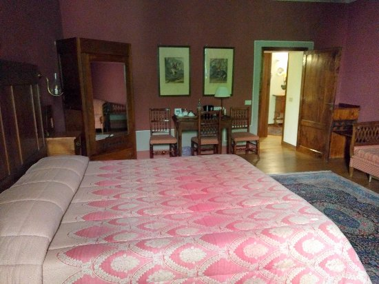 Palazzina Cesira: The General's Suite A