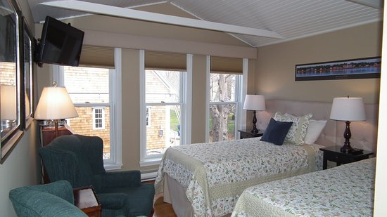 Shelburne, Canada: Twin or King Bed options