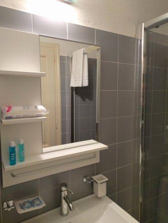 Residenza Du0027Epoca Toscanelli: Bathroom Necessities
