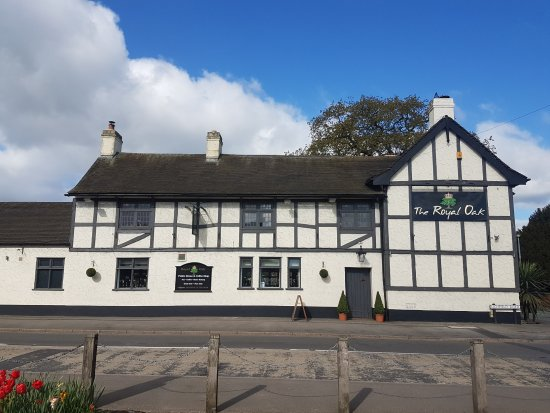 383ac267 THE ROYAL OAK, KINGS BROMLEY, King's Bromley - Updated 2019 ...