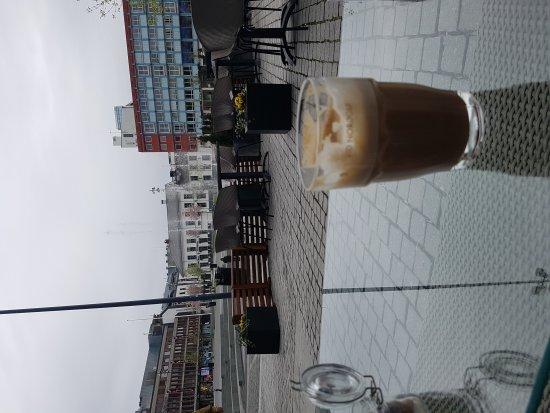 Hamar, Noruega: en mocca.