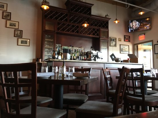 Arlington Heights, IL: Osteria Trulli