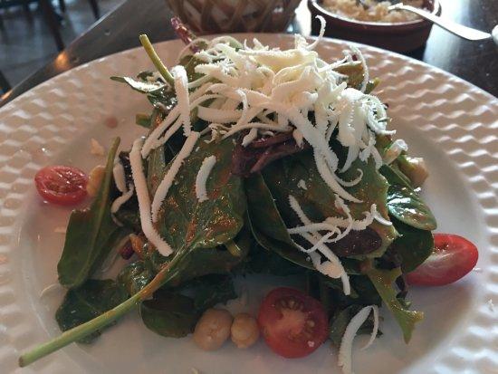 Arlington Heights, Ιλινόις: Salad