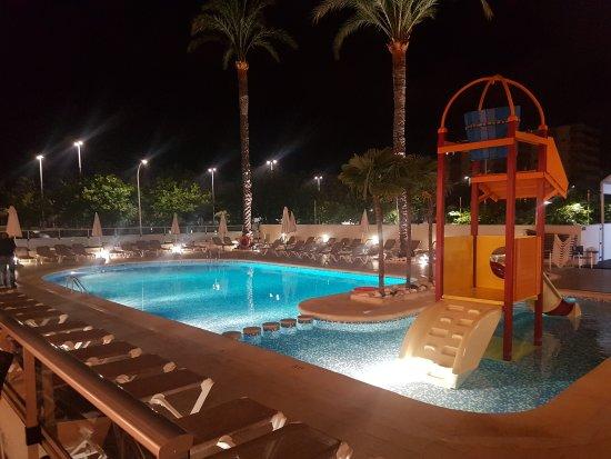 Hotel RH Bayren Parc: TA_IMG_20170515_234015_large.jpg