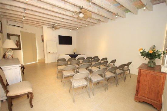 Villa Mirasol Hotel: Meeting Room