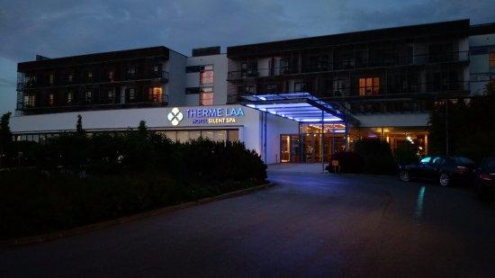 Laa an der Thaya, Áustria: Hoteleingang