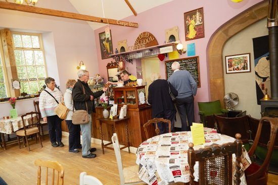 Grosmont, UK: We have lunch snacks as well as cakes and drinks