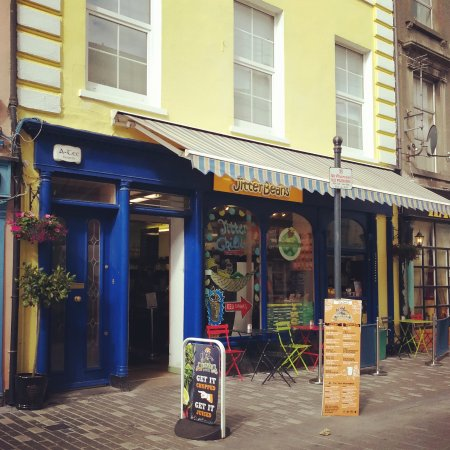 Dungarvan, Ireland: Shop Front