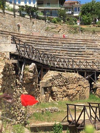 Ancient Theatre of Ohrid : photo2.jpg