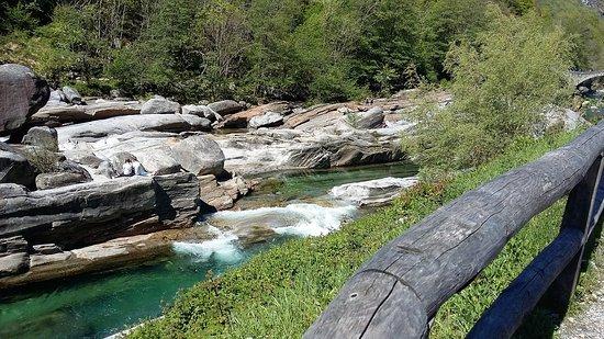 Vogorno, Suíça: valle verzasca