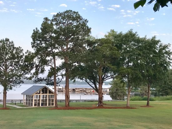 Cordele, GA: The grounds