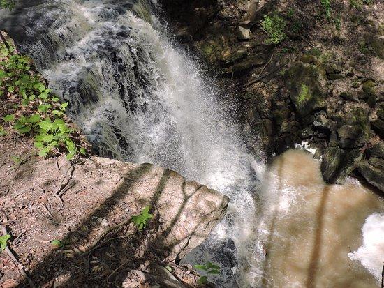 จอร์แดน, แคนาดา: Louth Falls