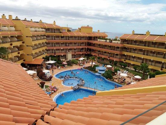 Vue de l 39 endroit o se trouve les jaccuzis photo de for Hotel jardin caleta tenerife sur