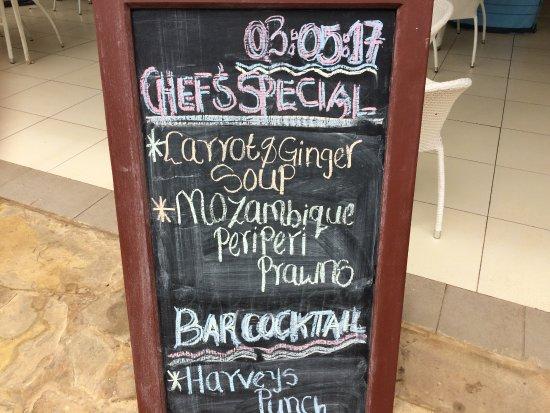 Le Cafe at Lantana Galu Beach: 餐廳菜單