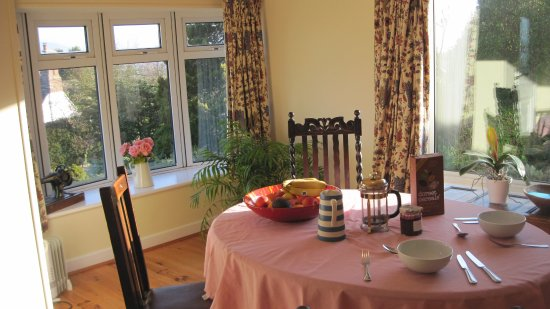 Much Wenlock, UK: The breakfast is sourced locally where possible or is organic or fair trade