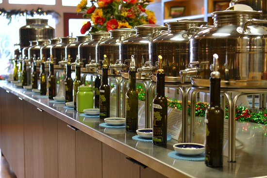Staunton, VA: Olive Oil selection