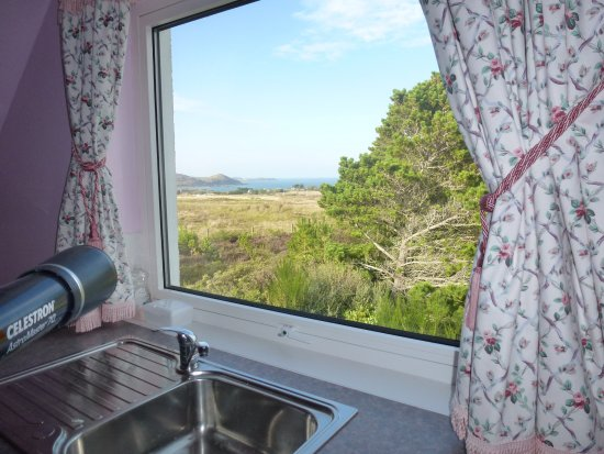 Poolewe, UK: View from 'Heather' Kitchenette