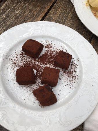 Chocolate Truffles (NIS 15)