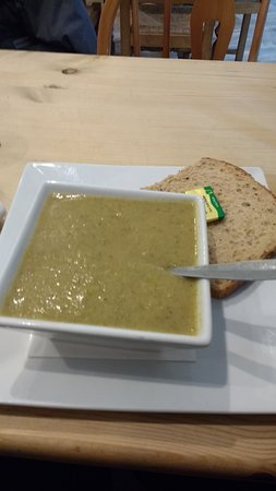 Innerleithen, UK: Broccoli and stilton soup